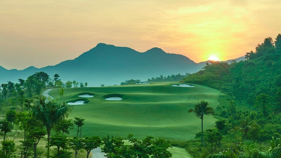 Bà Nà Hills Golf Club vietnam - travel treasures