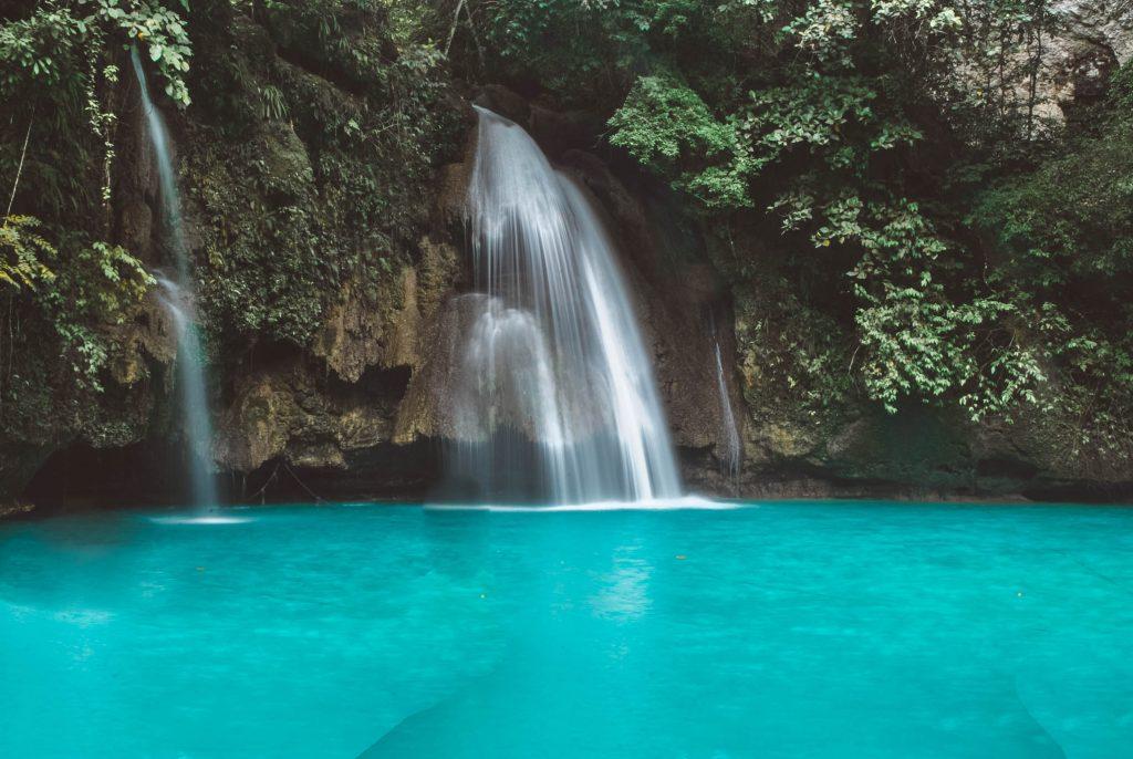 kawasan falls - travel treasures