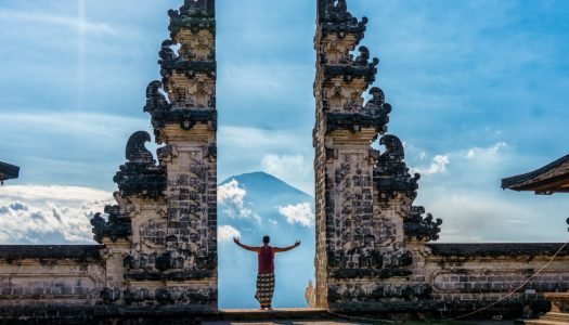 Aussies Reclaims Bali Tourism Crown from Chinese