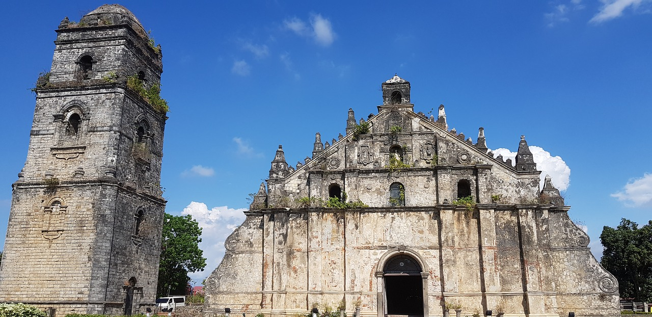 paoay-church- philippines - travel treasures