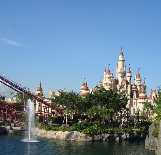 universal studio Singapore - travel treasures