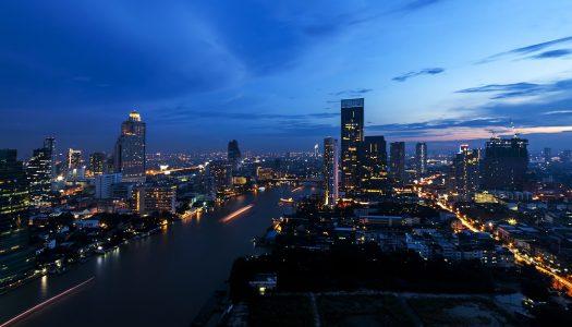 All Shops in Bangkok Must Close at Midnight