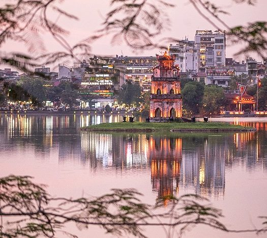 Hoan Kiem Lake vietnam - travel treasures