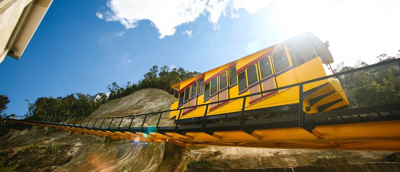 vietnam trains - travel treasures